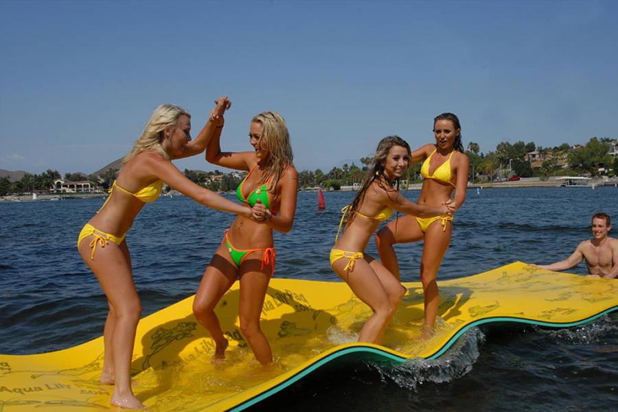 What S Your Party Platform Maui Mat Blog Nautical