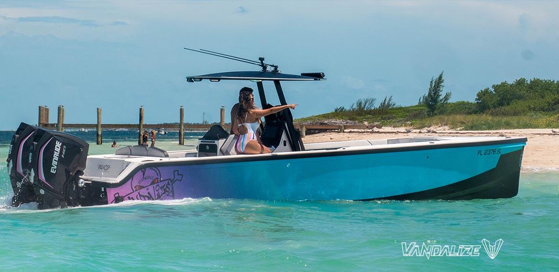 Vandalize boat -305
