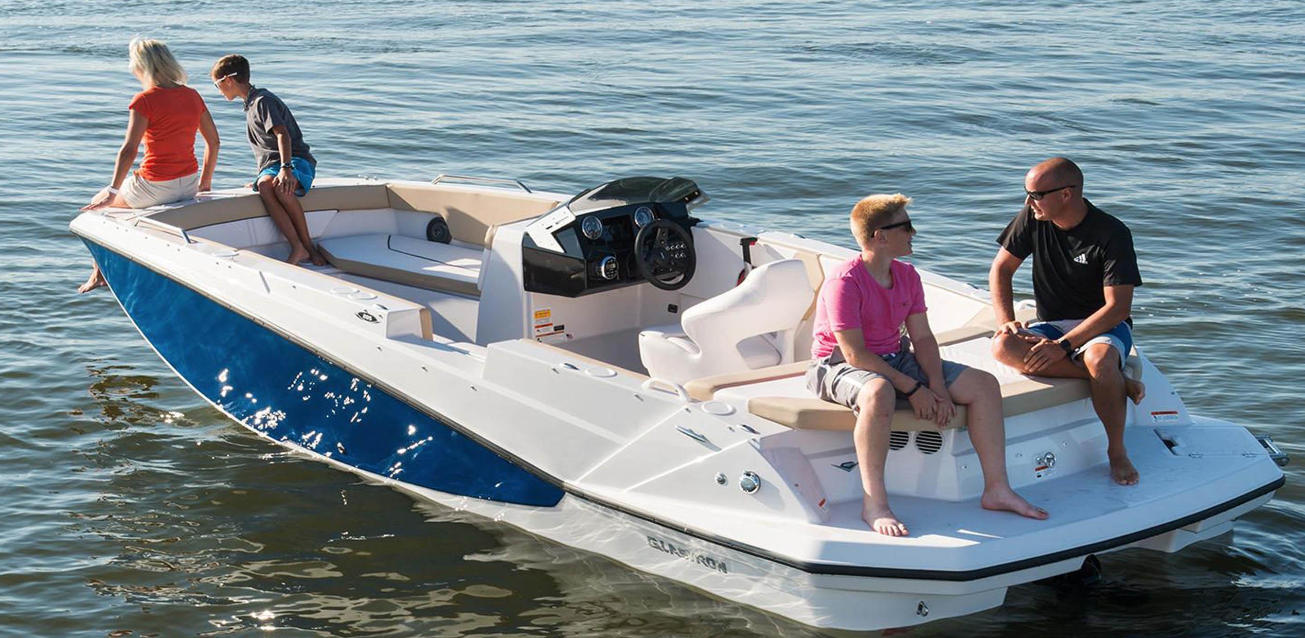 Glastron Boat-05